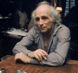 Léo Ferré chez lui en 1976 (MUUS/SIPA)